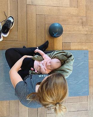 pilates jeunes mamans.jpg