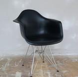 chair011.jpg