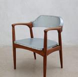 chair010.jpg