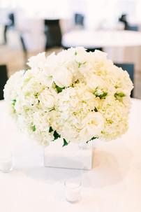 modern luxury Memphis, tn wedding reception flowers