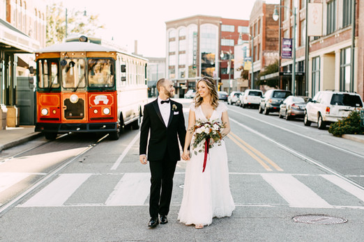 Downtown Memphis Autumm Wedding