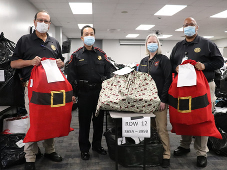 Katy ISD Police Deliver Holiday Joy to Students in Need