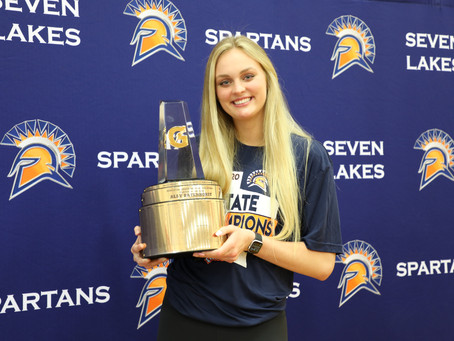 Seven Lakes Senior Lands National Volleyball Player of the Year Title