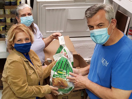 Katy Christian Ministries Increases Turkey Goal to Meet Growing Need this Thanksgiving