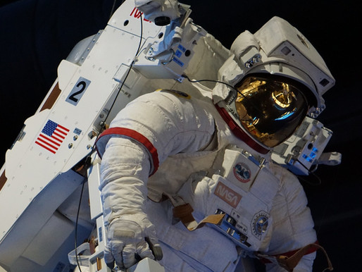 FOOD REVIEW: Dine with an Astronaut at the Kennedy Space Center
