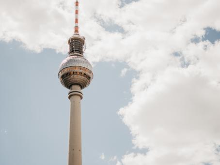 TOURI-TOUR DURCH BERLIN