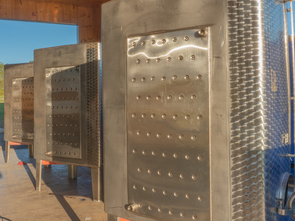 Winery fermentors tanks with glycol jackets