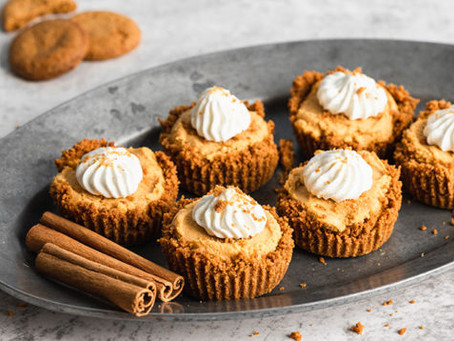 Mini Pumpkin Cheesecake With Gingersnap Crust