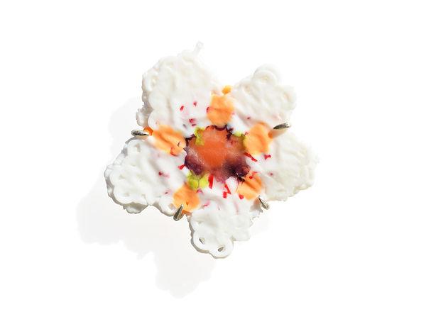 bloom brooch Asami Watanabe 005.jpg