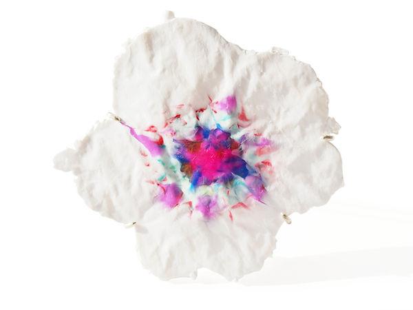bloom brooch Asami Watanabe 015.jpg