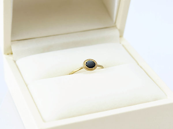 Engagement ring  Sapphire Asami Watanabe