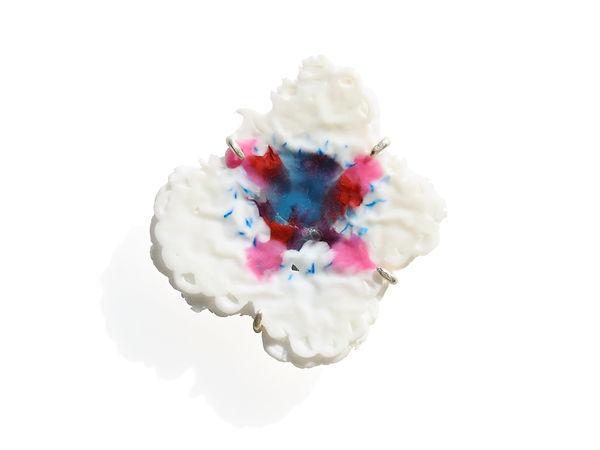 bloom brooch Asami Watanabe 003.jpg