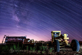 2017 Tractor Star Trails
