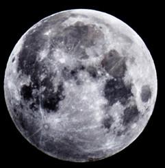 2016 Moon Close Up