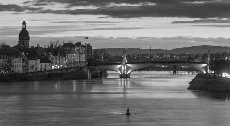 chalon-bourgogne-pont2.jpg