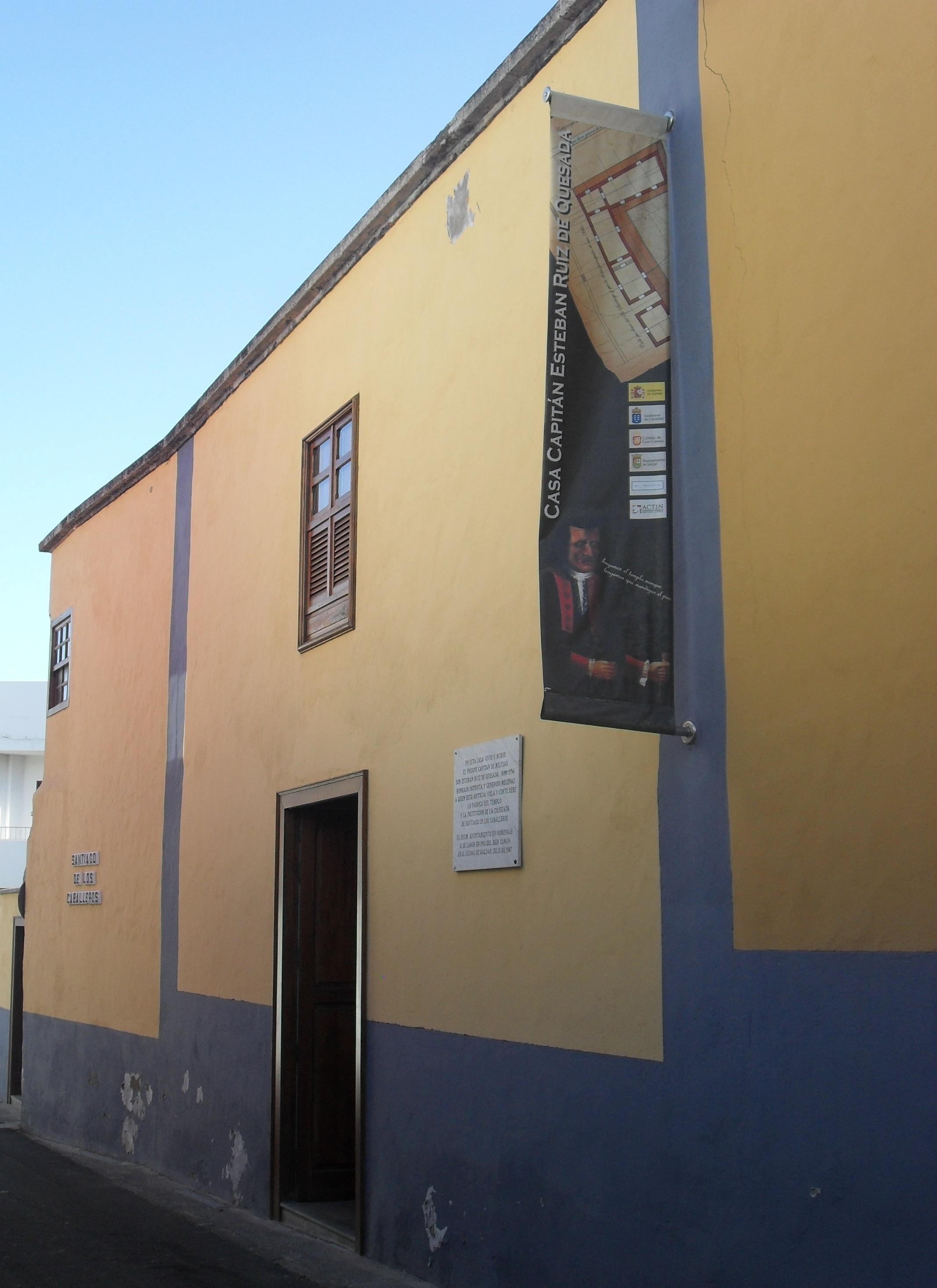 Sala Capitán Quesada Gáldar 2013 (1).JPG
