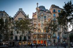 Casa_Batllo_Overview_Barcelona_Spain.jpg