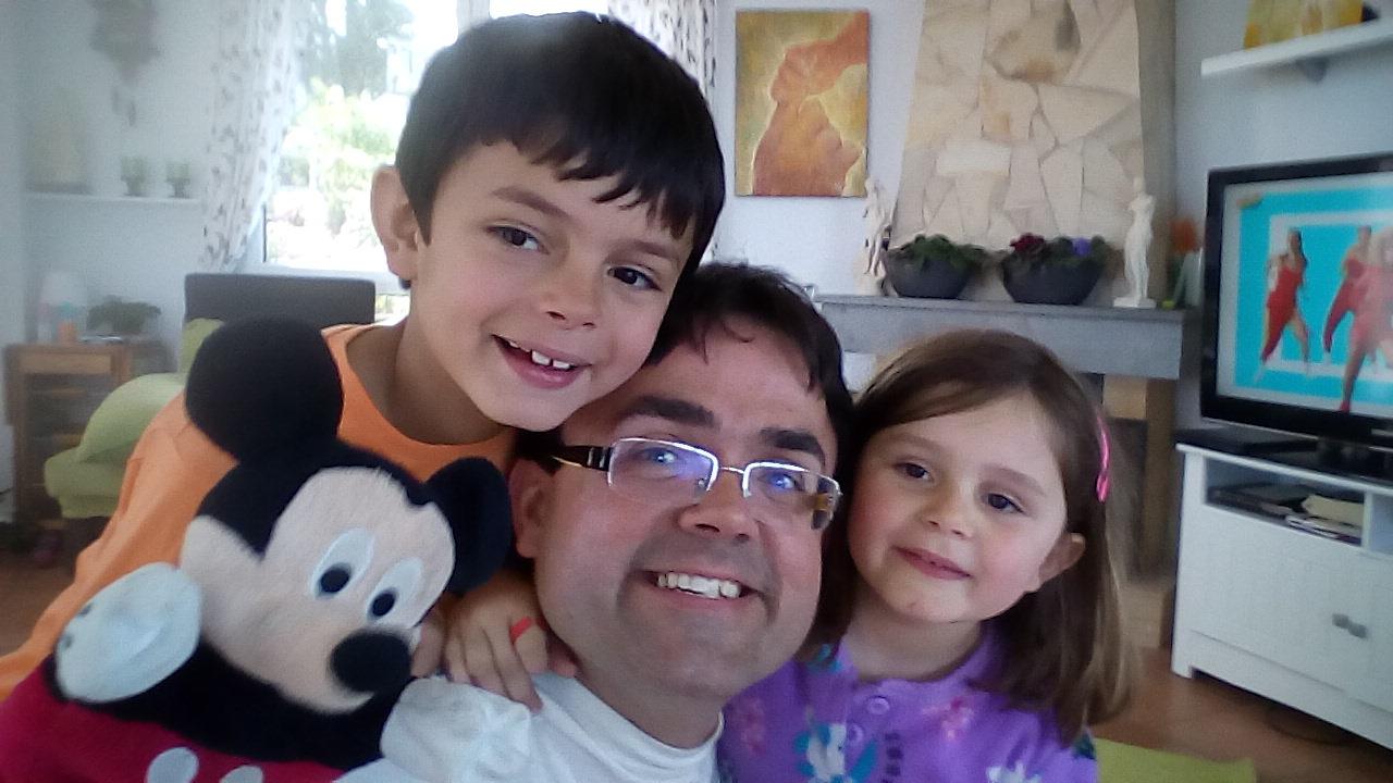 Con Amado, Clara y Mickey...