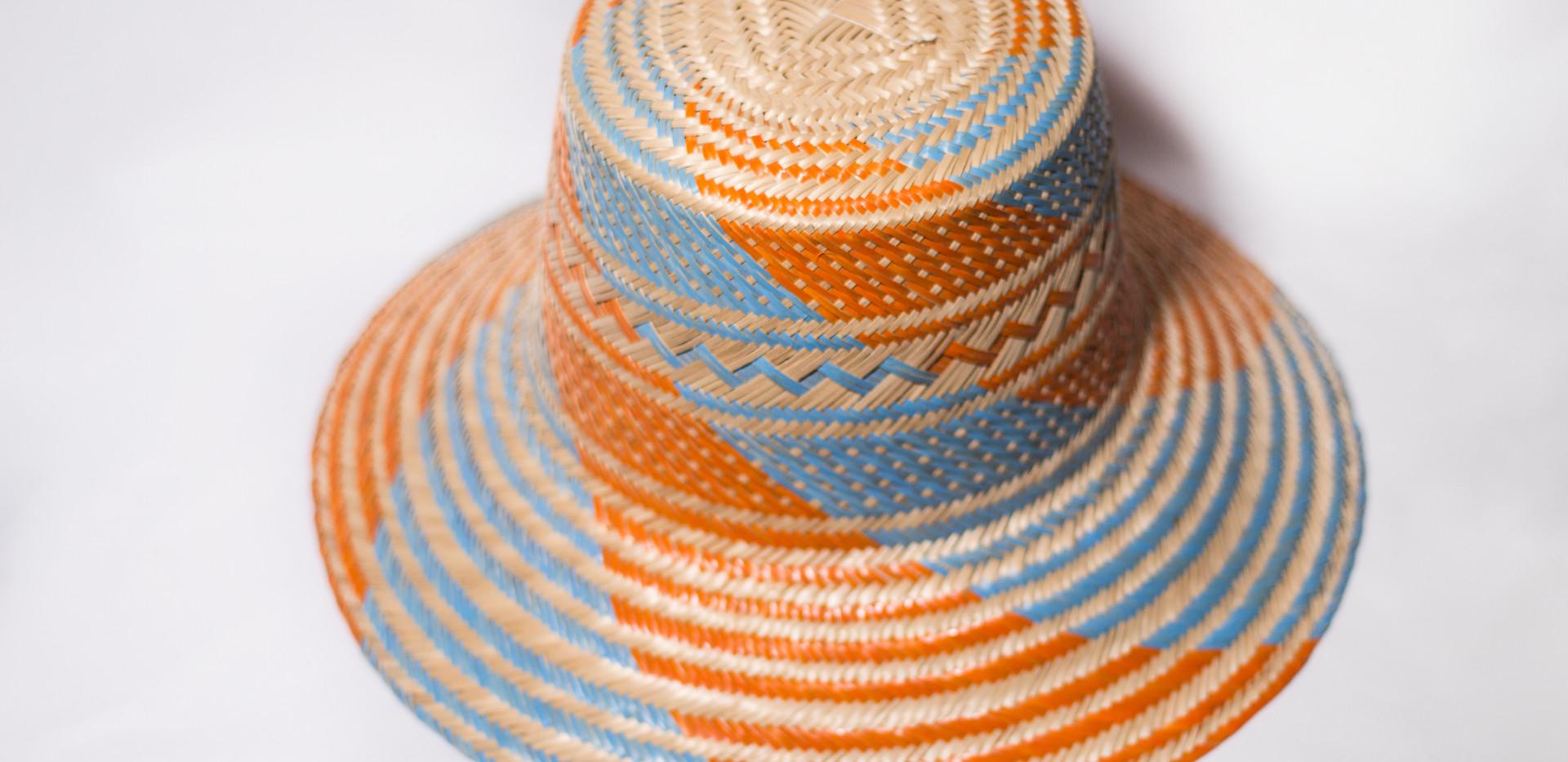 Sombrero a mano