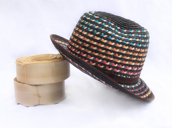 Sombrero tejido a mano
