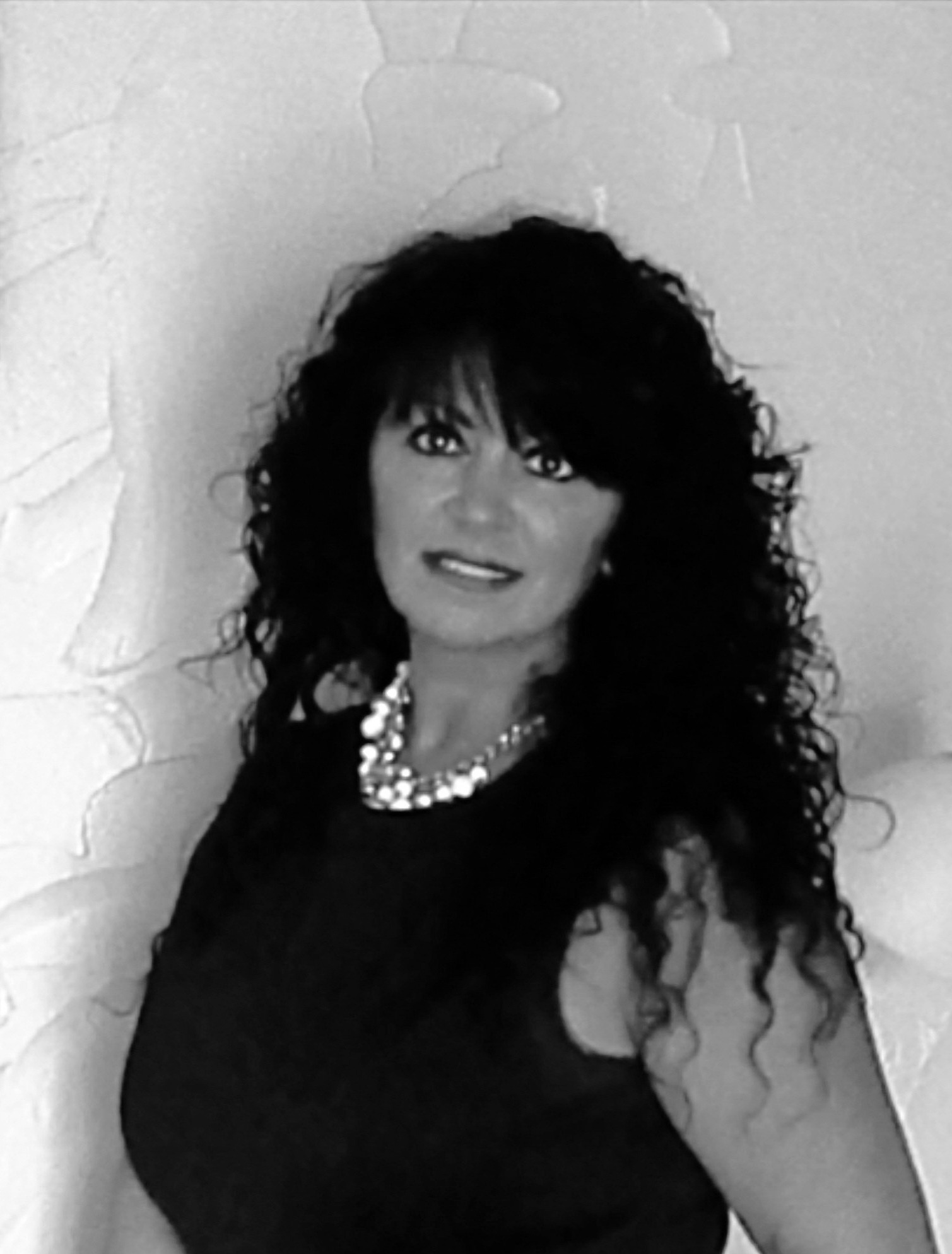 Michelle - Cosmetologist