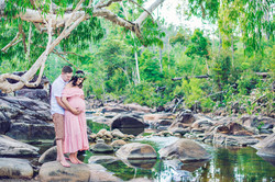 Central Queensland maternity photographer