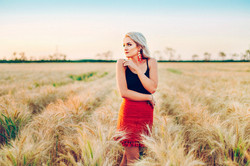 Central Queensland glamour photographer