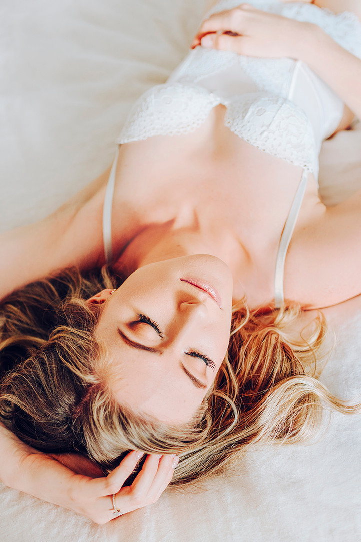 Rockhampton, Yeppoon, Gladstone, Agnes Water 1770, Mackay, Emerald, Central Queensland Boudoir Glamour Photographer