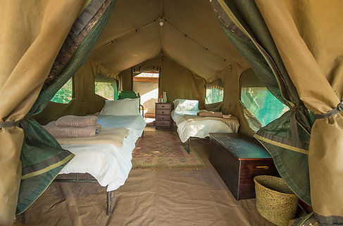Horseriing safari Botwana tentbedroom in Two Mashatu Camp
