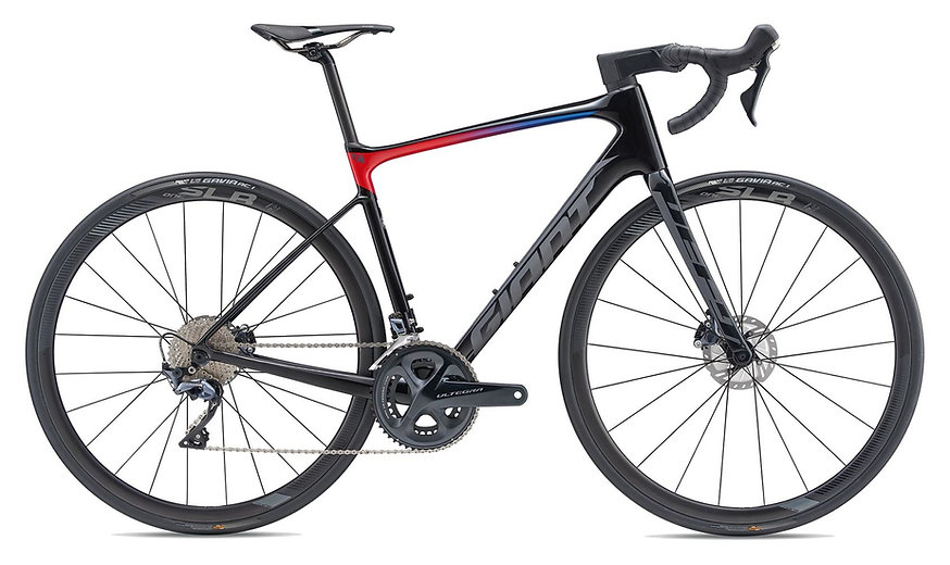 MY19-Defy-ADPRO-1_Color-A_chase_cycles.j