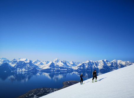 Skitouring i Lyngsalperne og Tromsø