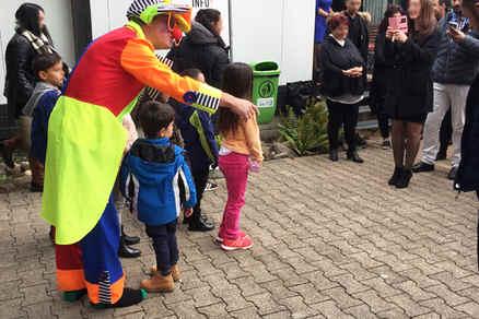 Clown für Familienfest