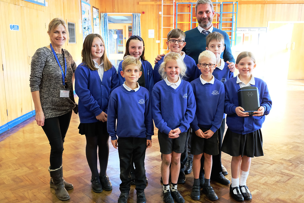 Students of Brookside Primary School with the Zephyr® Air Quality Sensor