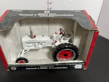 Sizzling July Farm Toy Auction