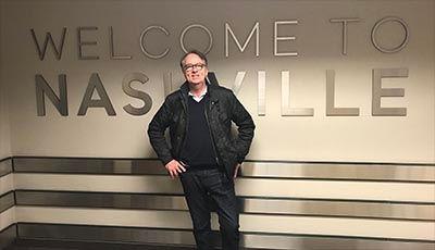 """Roland Utbult nyanländ till Nashville för att spela in CD:n """"Längs vägen""""."""