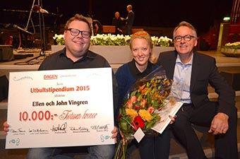 Roland Utbult tillsammans med Ellen och John Vingren – 2015 års utbultstipendiater.