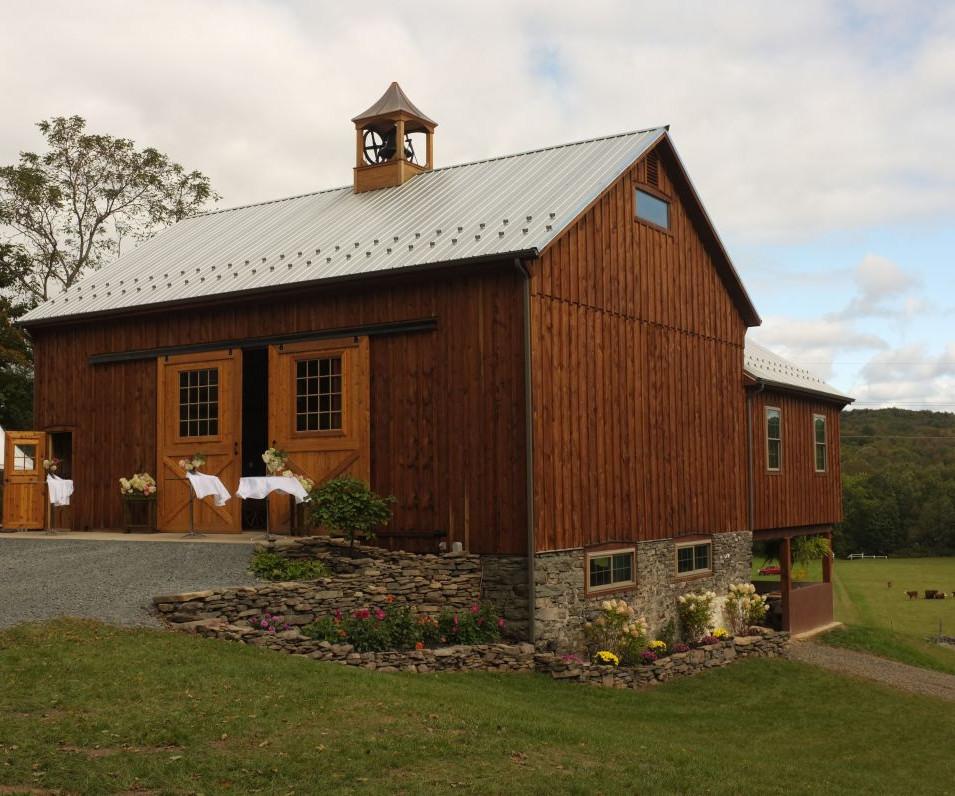 wally-creek-barn-02.jpg