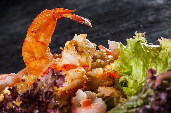 Hibachi rice with seafoods, prawns and l