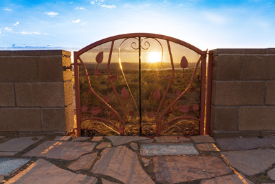 Gate to Beauty