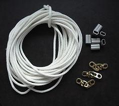 国旗掲揚用ロープと金具.jpg
