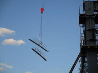 建築用介錯ロープクレーン吊.jpg