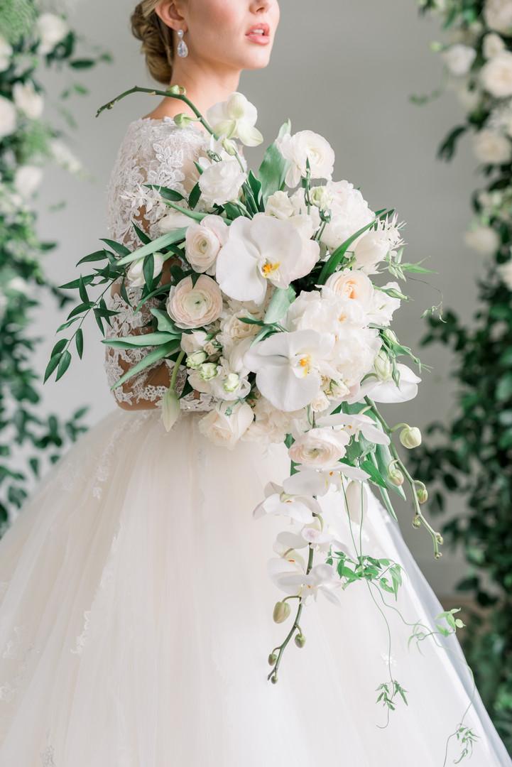 2020 Utah Valley Bride Magazine Feature Trendsetting vs. Timeless