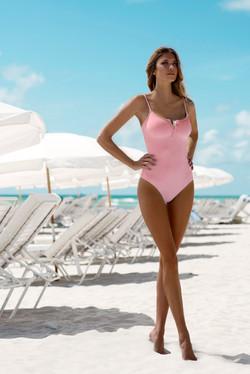 Web_calabasas-blush-2021-lifestylev&s_ag