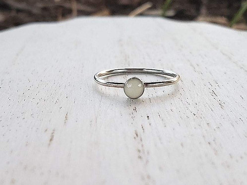 Simple Milk Drop Ring