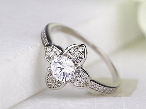 Boho Floral Clover Ring