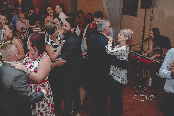 Adelaide_Wedding_Photographer-930.jpg