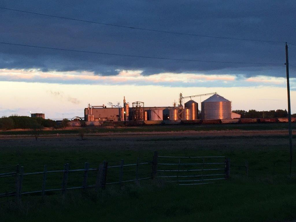 Ethanol Plant 8-11-16 evening (3)
