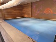 La piscine bâchée