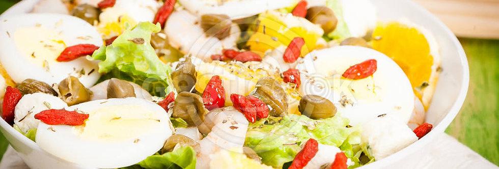 Salada de miolo de camarão, alcaparras e goji