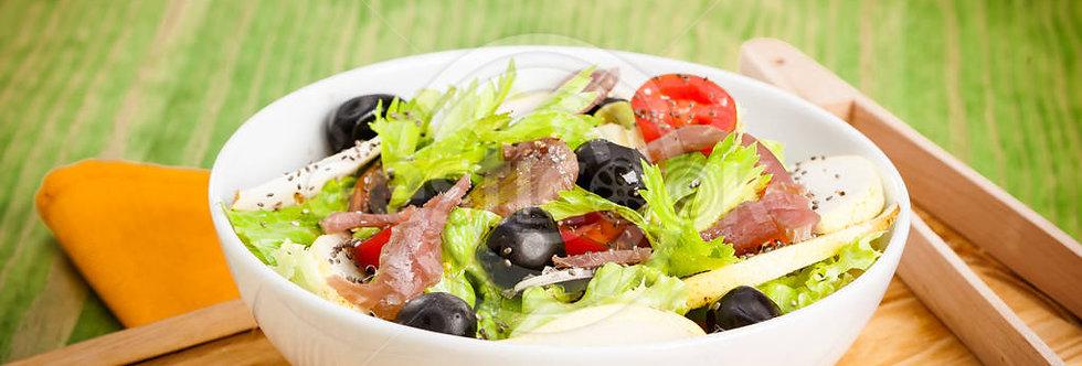 Salada de aipo e atum